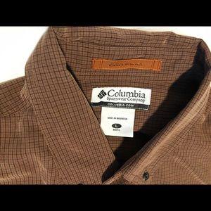 Columbia Mens Button Down Shirt